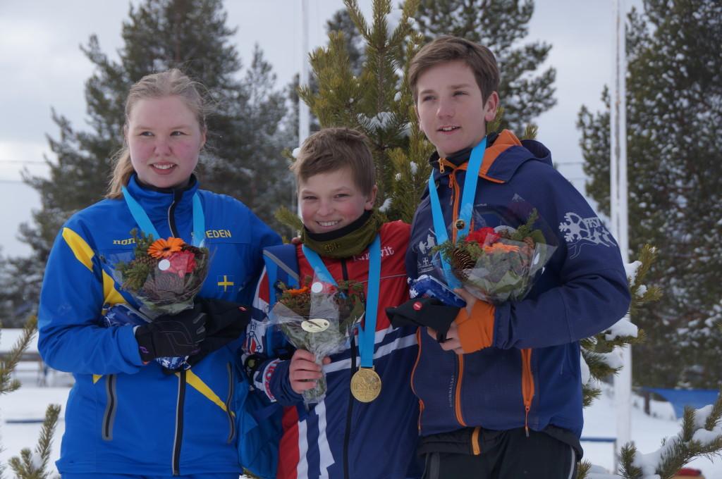 Pallen i 4-spann sprint junior med vinneren Andre Boysen Hillestad i midten